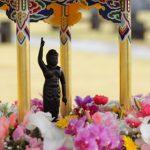 灌仏会(花祭り) 4月8日はお釈迦様の誕生日を祝う日